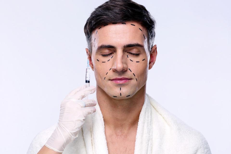 Chirurgie plastique hommes